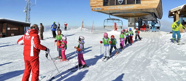Children skiing lessons