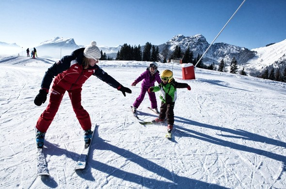 Alpine skiing lessons